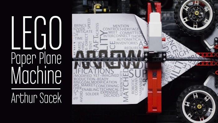 Lançando Aviões de Papel com uma Máquina feita de Lego